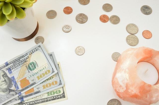 Descubre cuánto dinero se da en una boda