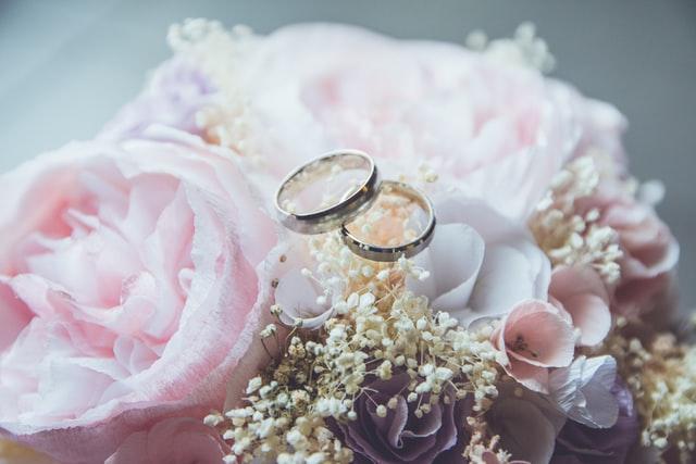 Votos matrimoniales originales y románticos